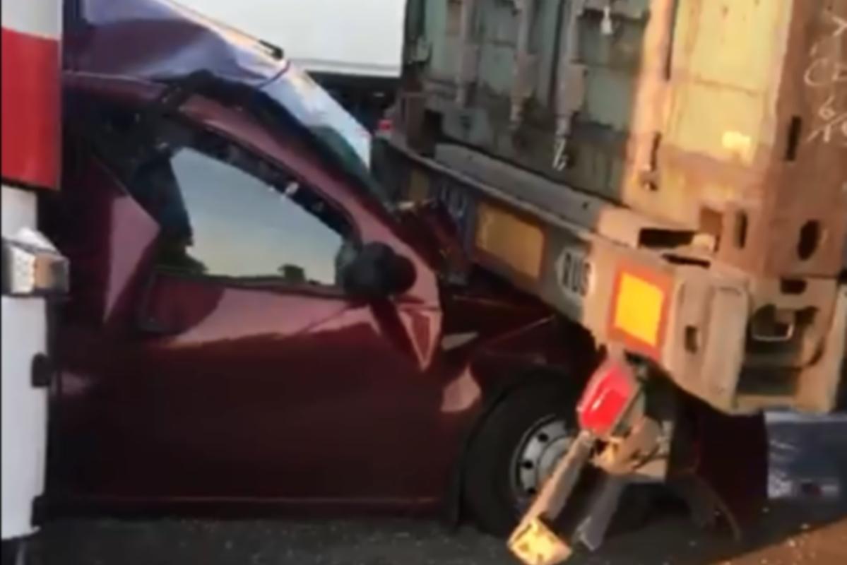 В твери парень попал в аварию в эммаусе