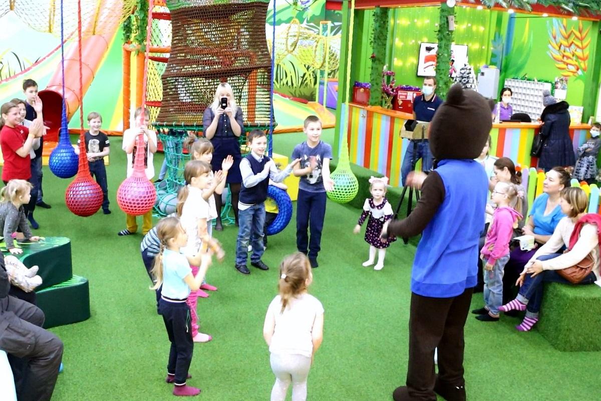 В Твери состоялся благотворительный праздник для ребят из многодетных семей