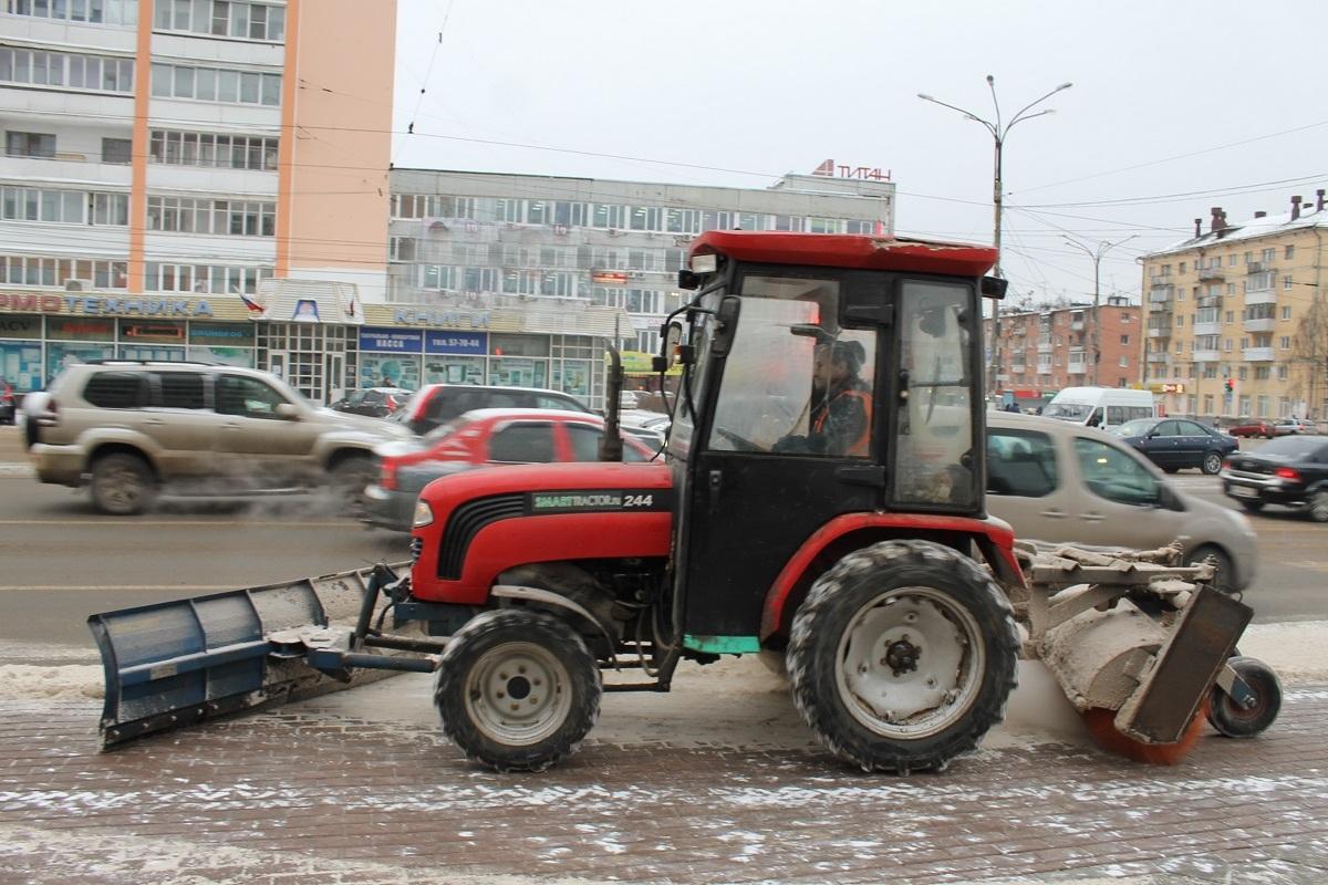 Администрация Твери: расчистка улиц и вывоз снега ведутся в круглосуточном режиме