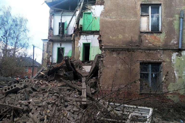 Игорь Руденя проконтролировал исполнение поручений, данных им в связи с обрушением части здания в Ржеве
